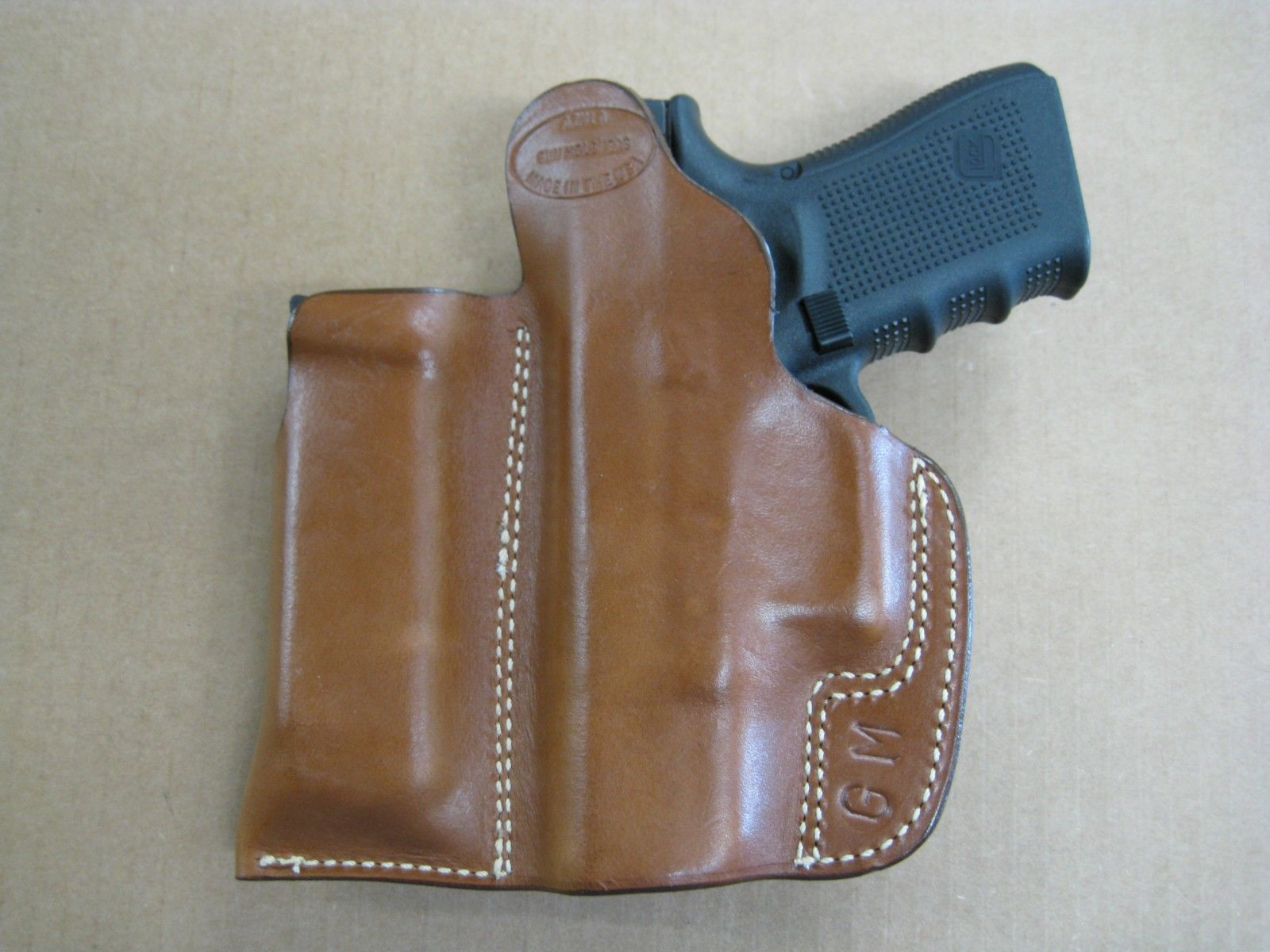 IWB Handgun Holster for Concealed Carry Pistol Holster with Mag Pouch